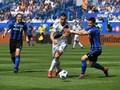 Memukul Pemain lawan, Ibrahimovic Diganjar Kartu Merah