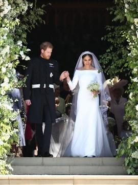 Victoria Beckham Komentari Gaun Meghan Markle, Suka atau Nyinyir?