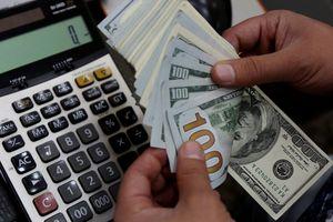 Pukul 10:00 WIB: Dolar AS Menguat ke Rp 14.105