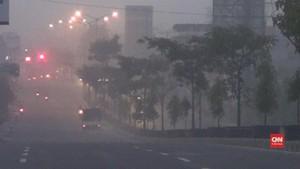 VIDEO: Gunung Merapi Erupsi Freatik, Magelang Hujan Abu