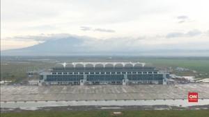 VIDEO: Pesawat Kepresidenan Mendarat di Bandara Kertajati