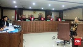 Hakim Curigai Fredrich Berniat Amankan Setya Novanto