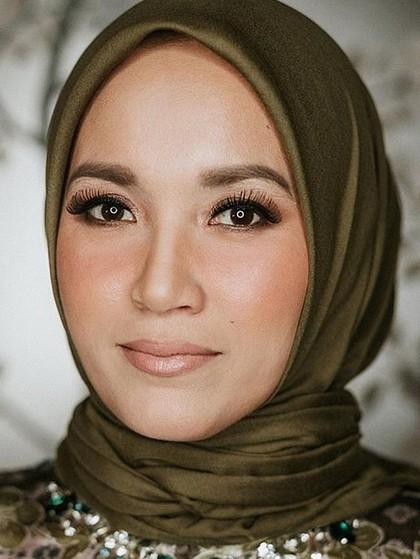 Tips Jualan di Instagram dari Wanita yang Jual 30 Ribu Hijab Dalam 5 Menit