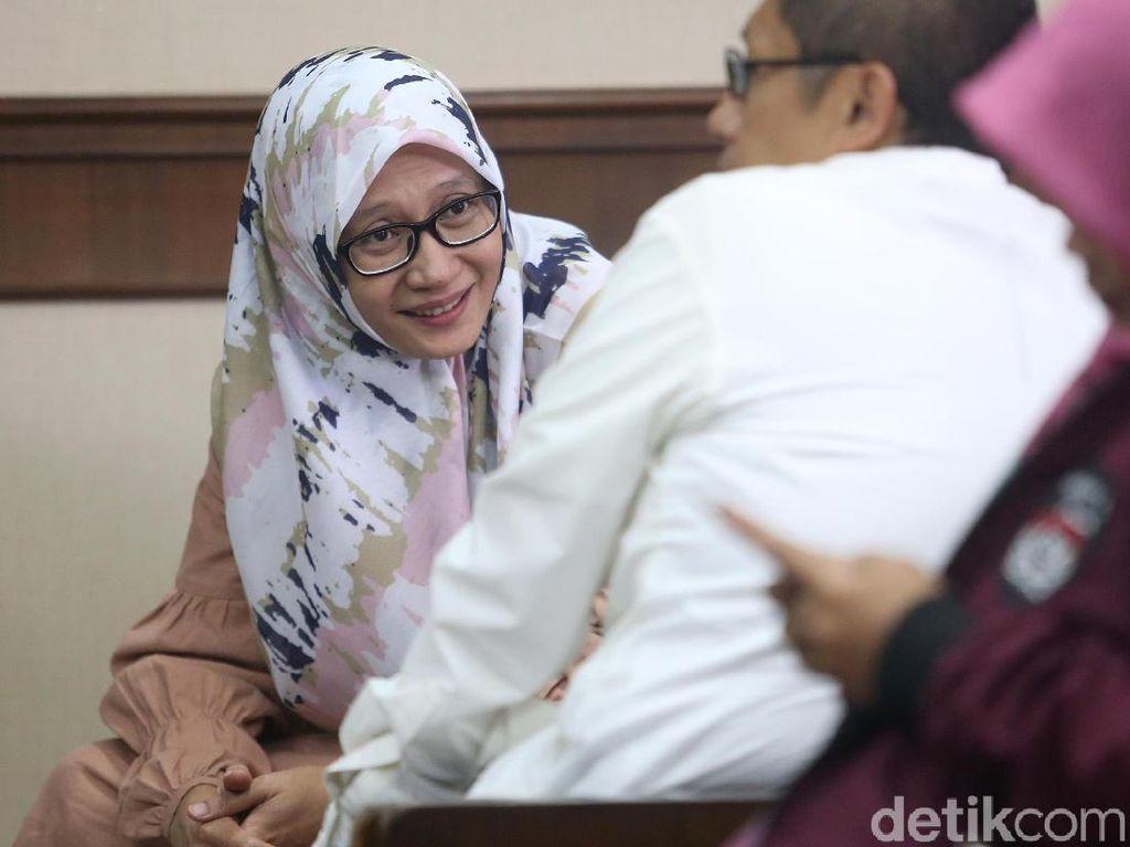 Ditemanis Istri, Anas Urbaningrum Ajukan PK Kasus Hambalang