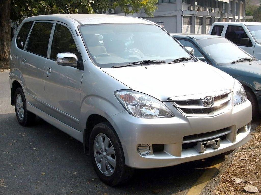 Mobil-mobil Ini Bikin Toyota Laris Puluhan Tahun di Indonesia