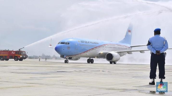 Bandara tersebut yang dibangun di atas lahan seluas 1.800 hektare