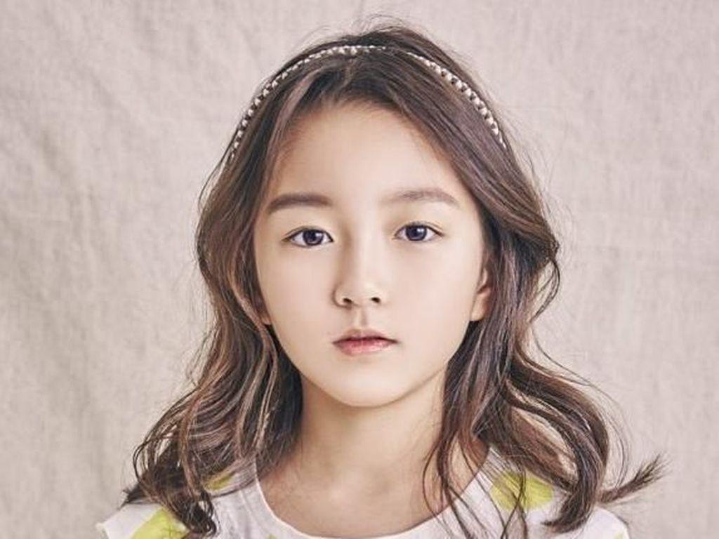 Terpesona Kim Ha-Eun, Model Cilik 9 Tahun yang Cantik Banget