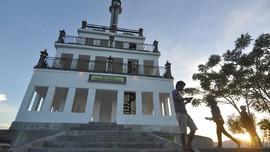 Menyambangi Lima Monumen Penting di Taman Wilhelmina