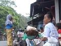 VIDEO: Pedagang Pasar Merapi Enggan Pindah Meski Sepi Pembeli
