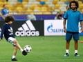 Marcelo Rajin Lihat Tayangan Ulang Real Madrid