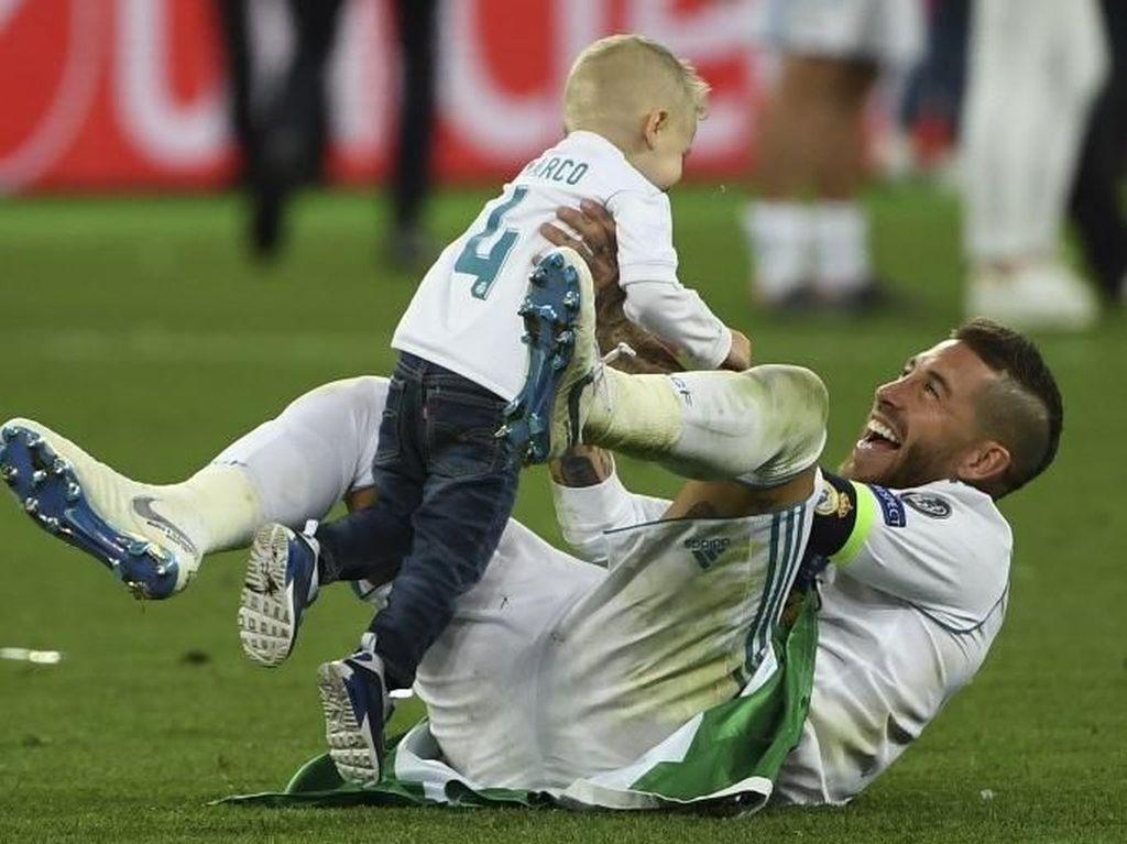 Madrid Juara Liga Champions, Keluarga Ronaldo dan Skuat Madrid Invasi Lapangan