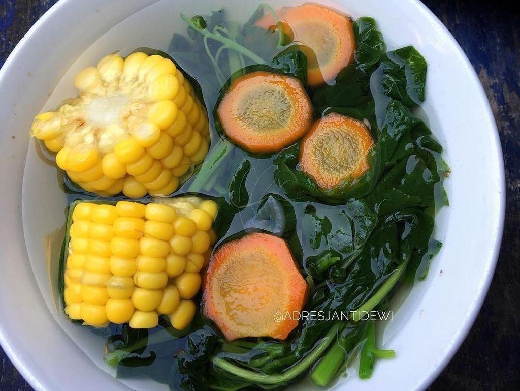 Mau yang Ringan Segar untuk Berbuka? Coba Intip Sayur Bening Pilihan Netizen Ini