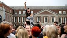 Warga Irlandia Rayakan Penghapusan Larangan Aborsi