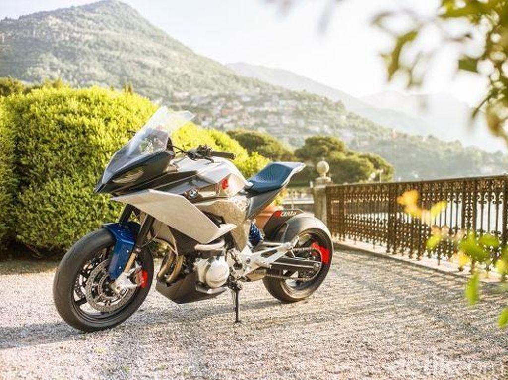 BMW membuat konsep motor ini sebagai motor Sport Adventure baru untuk masa depan yang mungkin akan terlihat seperti ini.Foto: BMW