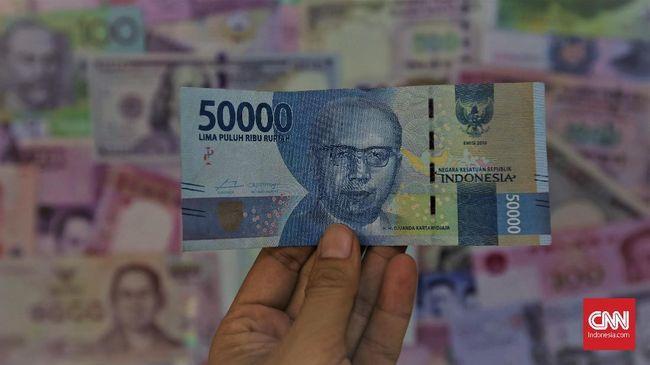 Bos OJK Yakin Rupiah 'Demam' Hanya Sementara