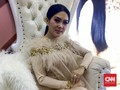 Menebak 'Wujud' Gaun Pernikahan Syahrini-Reino Barack