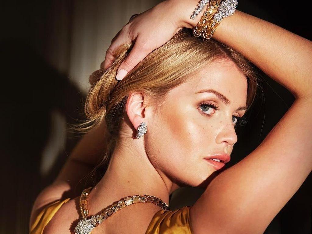 10 Fakta Lady Kitty Spencer, Bangsawan Cantik Keponakan Putri Diana