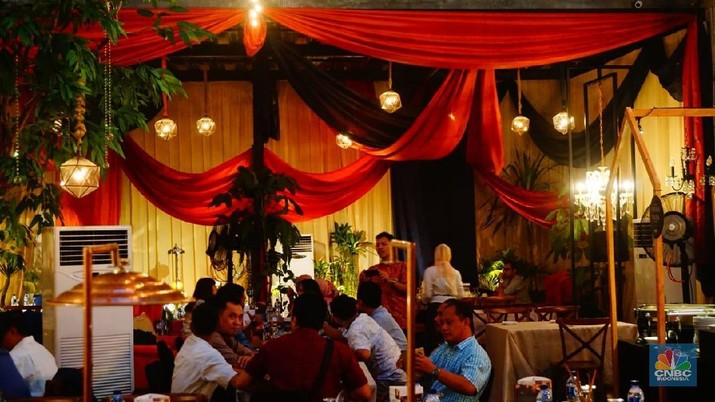 Selama bulan ramadhan, pop up cafe Walking Drums menghadirkan sekitar 45 menu makanan dari berbagai negara.