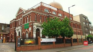 VIDEO: Masjid di Inggris Terima Bitcoin untuk Zakat