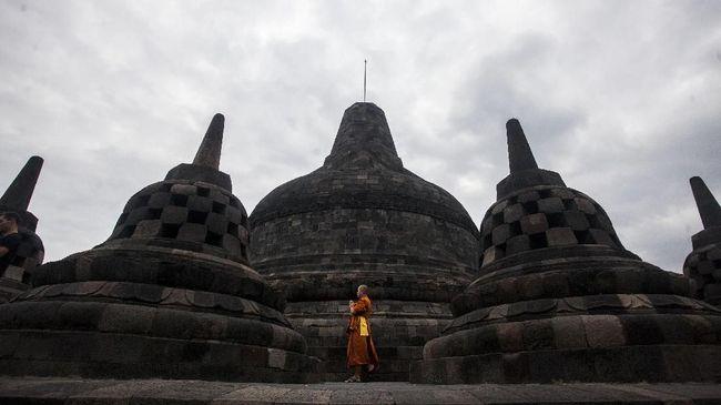 Putar Otak Magelang 'Mengasuh' Candi Borobudur