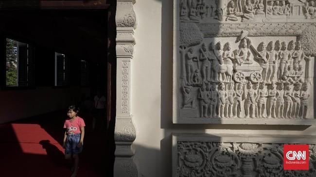 Wihara yang berlokasi di daerah Sunter, Jakarta Utara ini didirikan dengan harapan untuk menjadi mother temple atau wihara induk bagi wihara-wihara Theravada lain di Indonesia. (CNNIndonesia/Adhi Wicaksono)