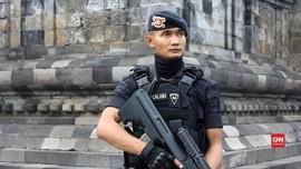 VIDEO: Ribuan Personel Amankan Prosesi Waisak di Borobudur