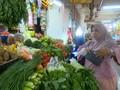 VIDEO: Jelang Lebaran, Harga Ayam dan Bawang Merah Naik