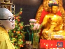 Selamat Hari Raya Waisak 2564, Bunga Lotus Warnai Linimasa