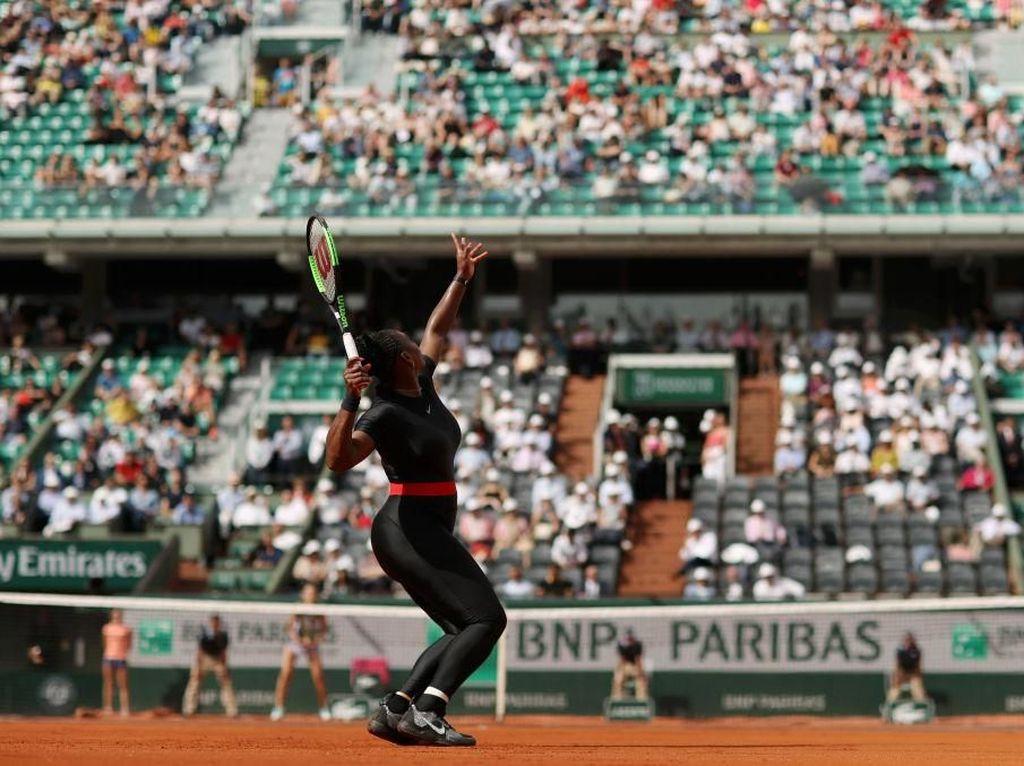 Serena akan menjalani pemindaian dan belum bisa memastikan apakah akan tampil di Wimbledon pada 2 Juli mendatang. (Foto: Matthew Stockman/Getty Images)