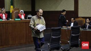 Fredrich Yunadi Batal Bacakan Pledoi