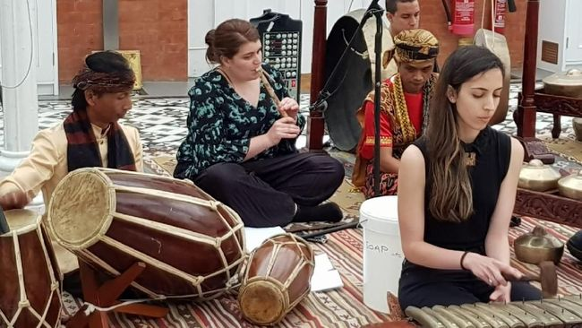 Lagu 'Suwe Ora Jamu' Akan Dilantunkan di London