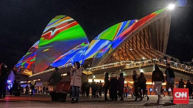 Tahun ini Vivid Sydney berusia tepat 10 tahun. Pameran dibuat lebih megah dan luas demi mengundang pengunjung datang.