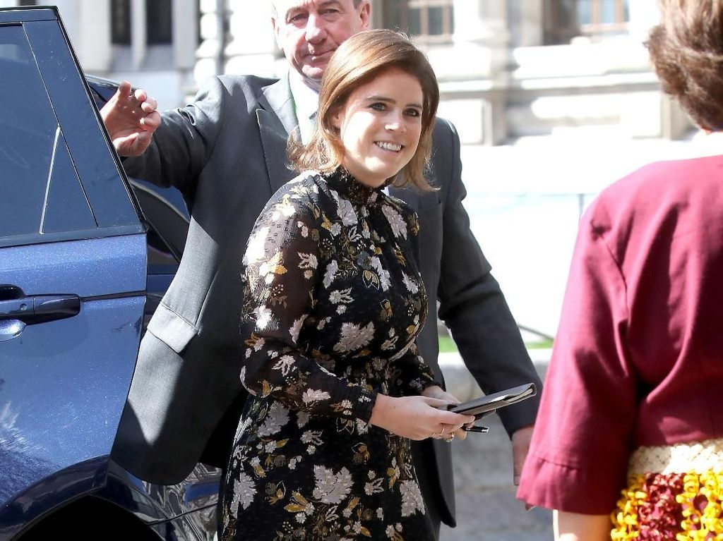 Gaya Nyentrik Putri Eugenie, Sepupu Pangeran Harry yang Berani Dobrak Aturan