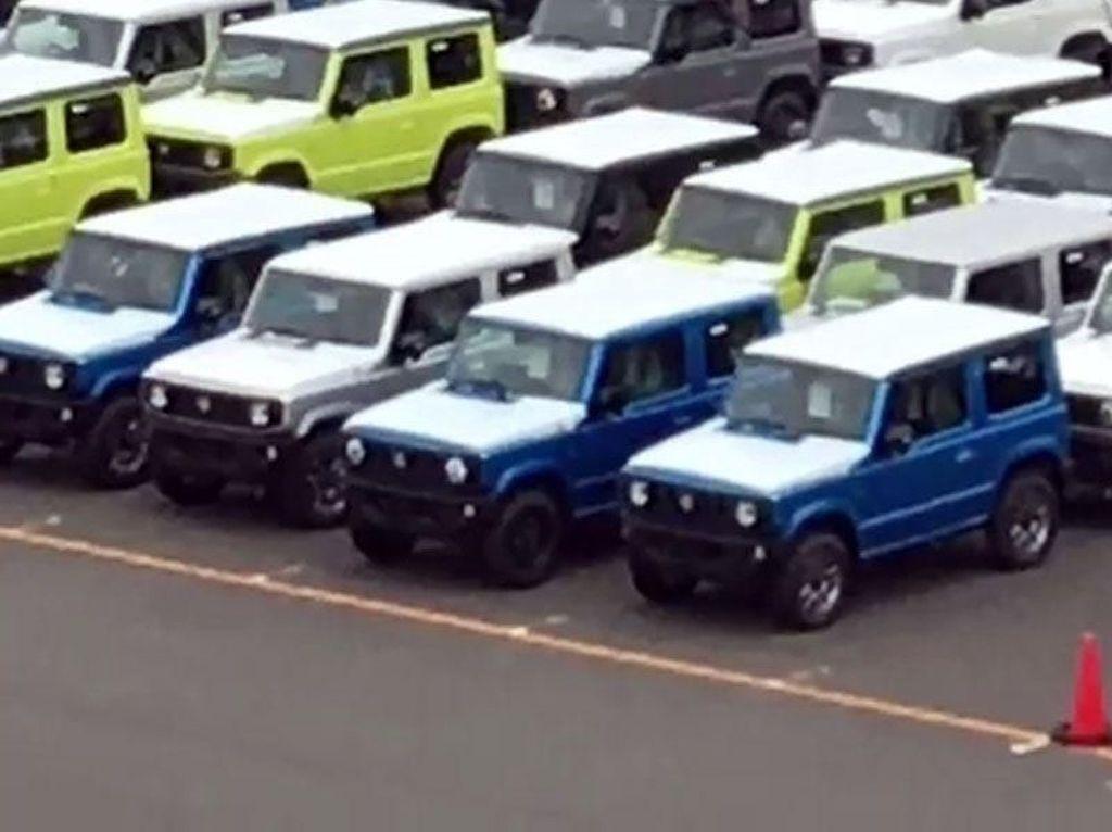 Padahal pabrikan lain sudah membuat SUV dengan tampilan lebih futuristik. Foto: Carscoops
