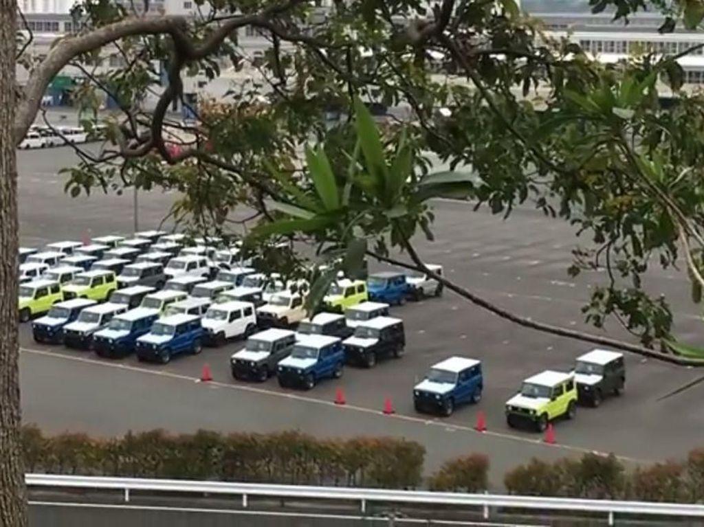 Namun kabarnya untuk pasar di luar Jepang, Suzuki bakalan membuat kapasitas Jimny lebih besar lagi. Foto: Carscoops