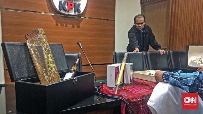 Mendagri Laporkan Gratifikasi Keris Komando Majapahit ke KPK