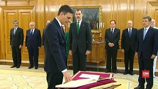 VIDEO: Pelantikan PM Baru Spanyol Tanpa Injil dan Kayu Salib