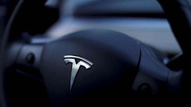 Tesla Selidiki Kasus Model S 'Meledak' di China