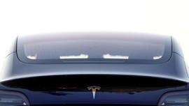 Daftar 15 Insiden Mobil Tesla Terbakar Sejak 2013