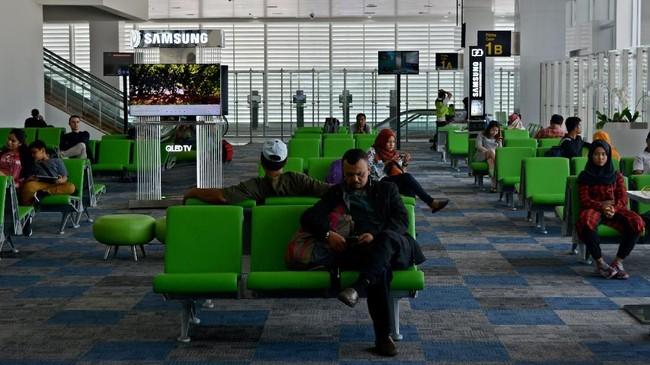 Terminal baru ini mampu menampung sebanyak 7 juta penumpang per tahun, berkali lipat dari kapasitas terminal lama yang hanya 800 ribu penumpang. (ANTARA FOTO/R. Rekotomo/ama/18).