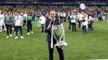 Zinedine Zidane Disebut Minat Latih Manchester United