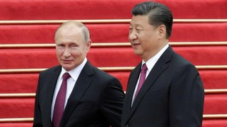 Putin Klaim Rusia-China Sepakat Kurangi Penggunaan Dolar AS