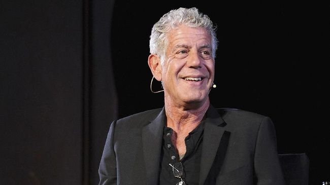 Anthony Bourdain Menang Penghargaan 'Emmy Awards'