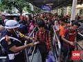 Ratusan Orang Batalkan Tiket Mudik di Stasiun Senen