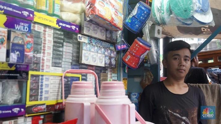 Jumlah warung kelontong di Indonesia diperkirakan mencapai 50 juta yang tersebar dari Sabang sampai Merauke.