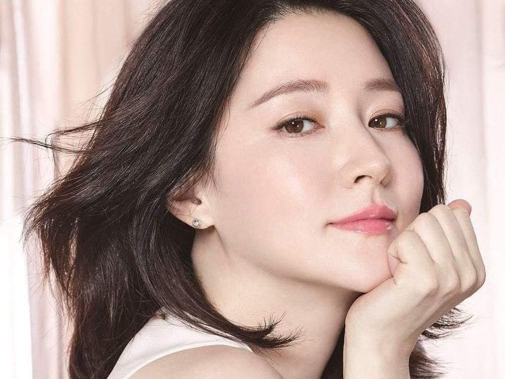 Awet Muda di Usia 40an, 7 Aktris Cantik Korea Ini Berbagi Rahasianya