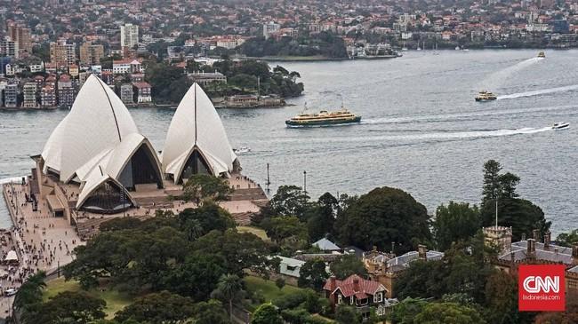 Pelesiran saat musim dingin bisa menjadi pilihan menarik ketika mengunjungi kota Sydney, New South Wales, Australia, Minggu. Pemerintah setempat menyambut awal musim dingin dengan menggelar festival instalasi lampu Vivid Sydney.