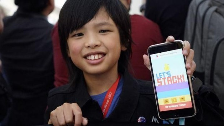Yuma bocah berusia 10 tahun telah menciptakan beberapa aplikasi. Seperti, Let's Stack, Hunger Button, Kid Calculator, Weather Duck dan Pocket Poke.