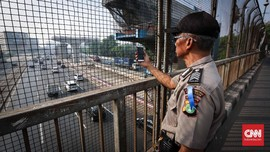 Mobil Anggota Wantannas Dilempar Batu di Tol, Polisi cek CCTV