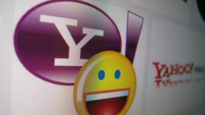 Netizen mengeluhkan layanan email dari Yahoo.